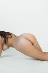 Evita Lima Exposes All Of Her Naked Body